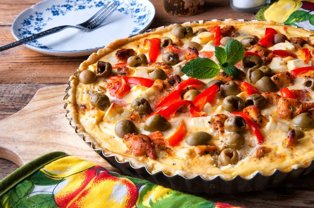 Formaggio Greco & Olive Nere Pizza